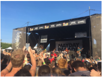 "Crowds ""Mosh"" at Warped Tour 2016"